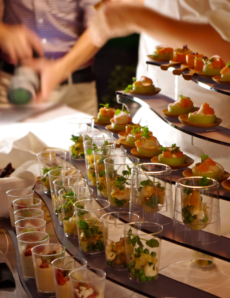 Soir e de gala gastronomique russe at the grand h tel for Canapes pronounce